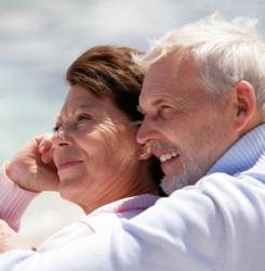 couple seniors souriants